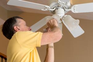 fan that blows cold air